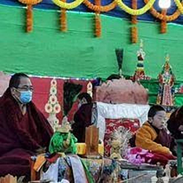 Pujas on the cremation day were presided by HH Karma Kuchen Rinpoche and HH Migyur Dechen Garwang Zilnon Dorji Rinpoche