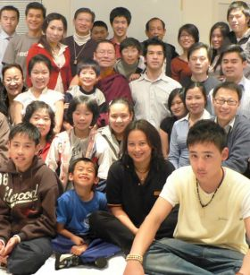 Ven. Lama Dondrup Dorje with students in Sydney