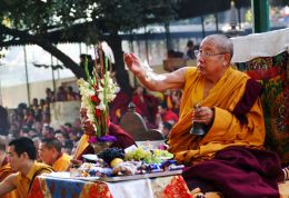 H.H. Penor Rinpoche at the World Peace Ceremony of the Nyingma Monlam Chenmo at Bodhgaya, India