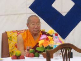 His Holiness Penor Rinpoche at the picnic