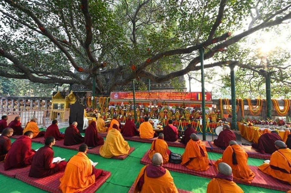 In jur de 100 de Călugări participa la Monlam