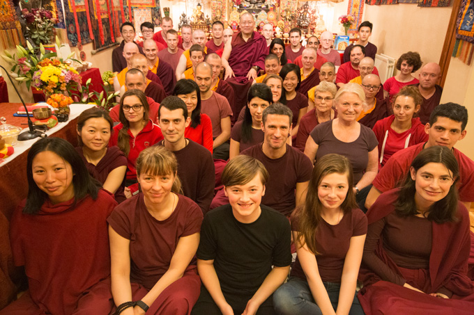Rinpoche with students at the conclusion of the Pathgate Winter School