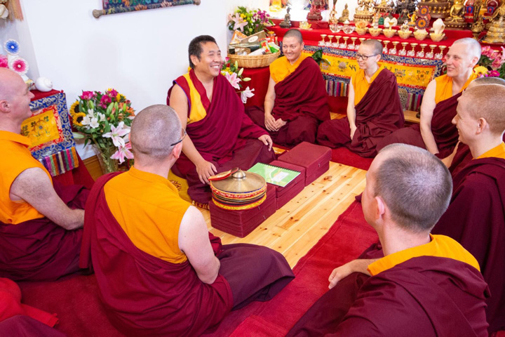Lama Pasang with members of the Pathgate ordained sangha